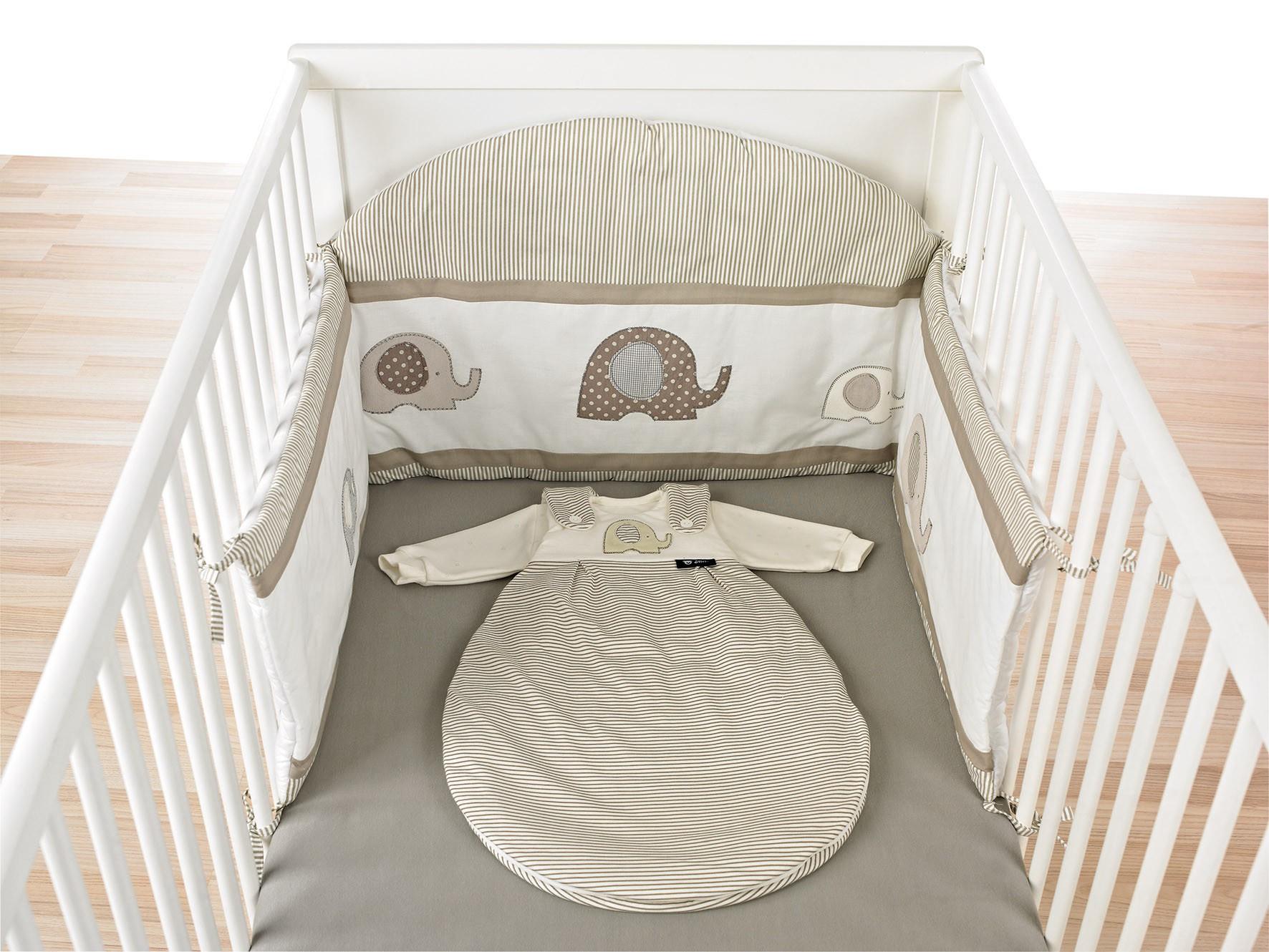 Alvi Nestchen mit Bogen für Kinderbett